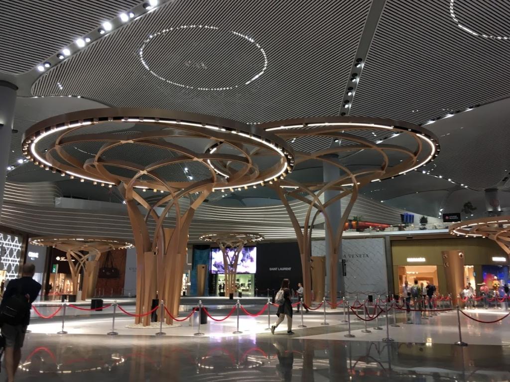 深夜のインスタンブール新空港の様子
